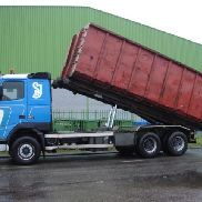 VOLVO 1997 FH 16 520, full steel susp , 10 tyres /4 container chassis