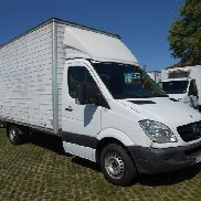 MERCEDES-BENZ SPRINTER closed box truck