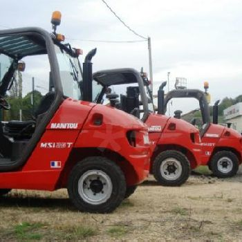 All-terrain forklift Manitou MSI 25T