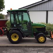 JOHN DEERE 4110 with winter service equipment 800 hours with front mower TOP