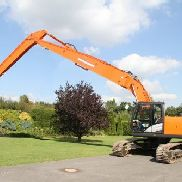 Hitachi ZX 250 LC-5B Longreach demolition first boom +