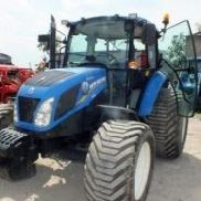 NEW HOLLAND T 4.55 agricultural tractor