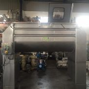 Mixing bands in stainless steel with a capacity of 2000 liters