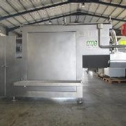 Mixer with frontal unloading