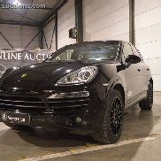2013 Porsche Cayenne S V8 Diesel Category: Exclusive