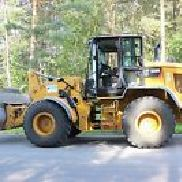 CAT 930 - new and including shovel