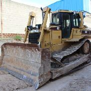 YEAR 2004 HOURS BULLDOZER VERY GOOD CONDITION