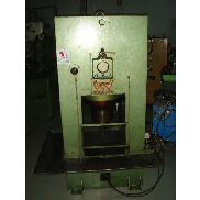 Used hydraulic press 100T Cornadó