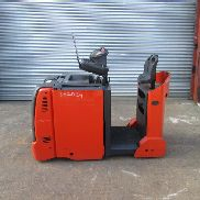 LINDE TOW TRACTOR