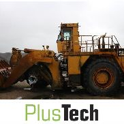 Caterpillar 992D with defective shaft in front