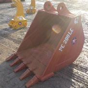 "42"" Digging Bucket to suit Komatsu PC200"