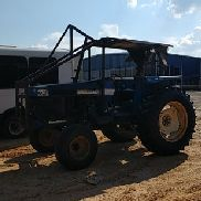 NEW HOLLAND 7740 2WD TRACTOR, CANOPY, 3 CYL DIESEL, 2 комплекта дистанций, PTO, 18.4-34 REARS, 36X11 FRO