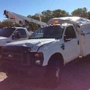 2009 Ford F350 4x4 Enclosed Service Truck wrecked