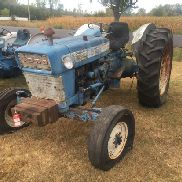 "FORD 4000 TRACTOR, DIESEL, 3 PT PTO, SELECTO SPEED, 38"" TIRES, FRONT WEIGHTS, NON-RUNNING"