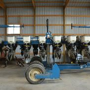 Kinze 3500 8/15 Row Splitter Equipped W/. Kpm 2 Monitor Stand, Corn & Soybe