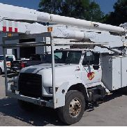 Altec AA755-MH, Material Handling Bucket Truck , 1999 Ford F800 Utility Truck