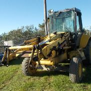 NEW HOLLAND LB110 FRONT END LOADER/BACKHOE Make: NEW HOLLAND Model: LB110
