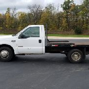04 Ford F350 Flatbed Pickup Truck
