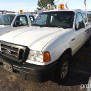 2004 Ford Ranger 4x4 Extended-Cab Pickup Truck