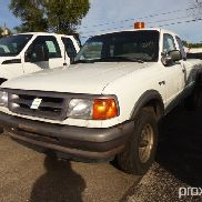 1996 Ford Ranger 4x4 Extended-Cab Pickup Truck