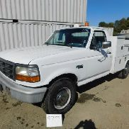 1996 FORD F-250 UTILITY TRUCK