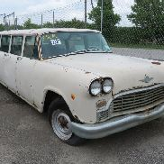 1969 CHECKER AEROBUS 8 DOOR LIMO