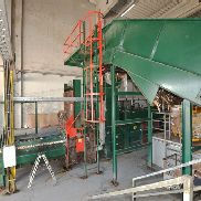 Unotech UPAMAT 80 V5 SO, pressing force 65 t, built in 2010, chute 1,600 x 1,020 mm, Drive power 80 kW