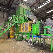 Presona LP 140 XH2 S, pressing force 140 t, built in 2006, 23 946 total hours, adjustable chute 2,250 x 1,100 mm, Drive power 2 x 75 kW