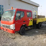 2008 Mitsubishi Canter Crew Cab 4x2 Tieflader-LKW