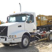 2006 VOLVO 6x4 Truck Tractor (T/A)