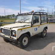 2001 LAND ROVER DEFENDER 90 TD5 4x4 Sport Utility Vehicle Parts/Stationary Trucks - Other