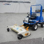 2008 ISEKI SF330 1520 mm 4x4 Front Mount Lawn Mower