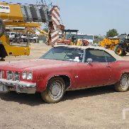 1975 OLDSMOBILE DELTA 88 Royale Coupe Classic Car