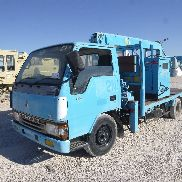 MITSUBISHI CANTER 4x2 Light Tower Flatbed Truck