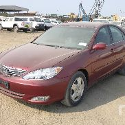 2005 TOYOTA CAMRY Automobil
