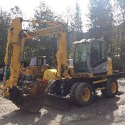2005 NEW HOLLAND MH3.6 Mobile Excavator