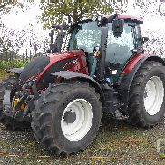 2016 VALTRA N134 HITECH MFWD Tractor
