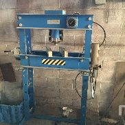 2007 FERVI P001/45 45000 Kg Press