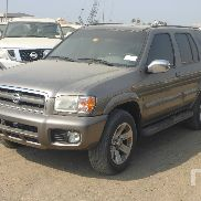 2004 NISSAN PATHFINDER 4x4 Sport Utility Vehicle