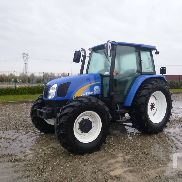 2010 NEW HOLLAND T5050 MFWD Tractor