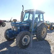 1986 FORD 7610 4WD Tractor MFWD