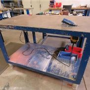 Metal work table, incl. Including built-in two-hand router DEWALT reference DW625E