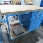 Mobile workbench with brakes and 4-Load-pull-out wardrobe, 1150 x 700 mm