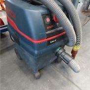 Workshop vacuum cleaners BOSCH type GAS25, with automatic machines