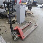 Pallet trucks LINDE, Capacity: 2 t