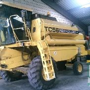 Mietitrebbie New Holland TC 56