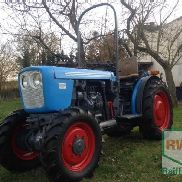 Eicher A 77 wine building tractor