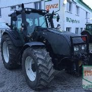 Valtra T171 High-tech tractor