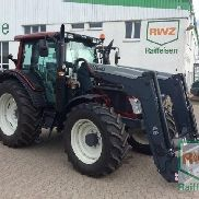 Valtra N123 tractor