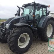 Valtra N 163 D tractor
